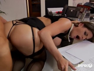 Sodomie au bureau de Cathy Heaven! Seins énormes!