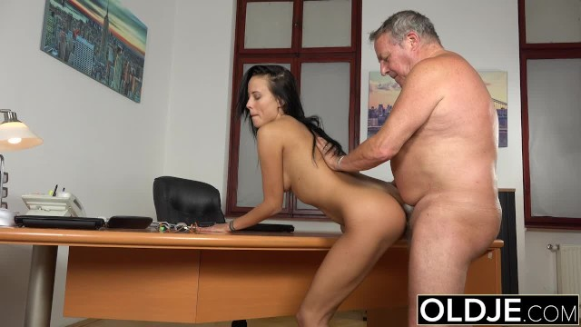 Caught Grandpa Having Sex With Young Brunette At Job -1030