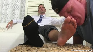 Dominant yuppie Cameron Kincade enjoys being foot worshipped Kink russian