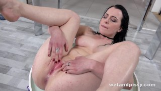 Wetandpissy - Vibrator play for piss drenched babe Quinn Lindermann