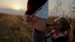 Risky Spontaneous deep outdoor blowjob during sunset with oral Creampie