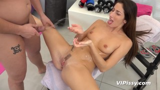 Vipissy Hardcore sucking and fucking for piss drenched brunette Clea