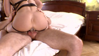 My new seductive outfit made him cum in my ass too quickly. Mia Bandini porno