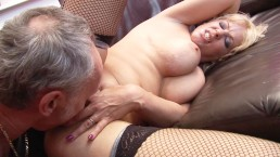 Horny Cougar Starr Shows Off Huge TIts & Gets Anal Fucking