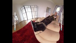 DDFNetwork VR - Nikky Dream Pantyhose beauty in Virtual Reality