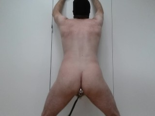 Mec sexy hetero poilu strip-tease integral veut se faire enculer - par toi?