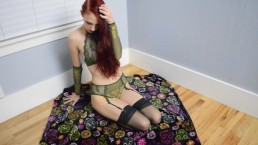 Poison (Ivy) Kitty Teaser 1 - Halloween 2017 - MissKittyMoon.ManyVids.com