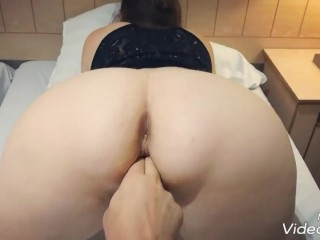 Presenting ass pawg pov with pussy fingering...
