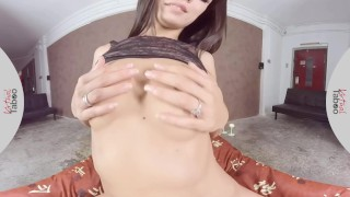 Preview 2 of VIRTUAL TABOO - Sensual Alexa Tomas With Sweet Pussy