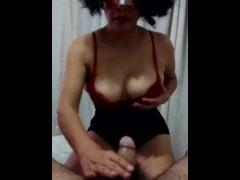 esposa mama se la come se corre en orgasmo y traga toda la leche viniendose