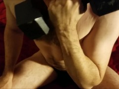 Grunting through my bicep workout - watch me lift weights