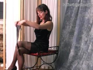 Posh leggy brunette milf in nylon stockings tease soft black leather gloves