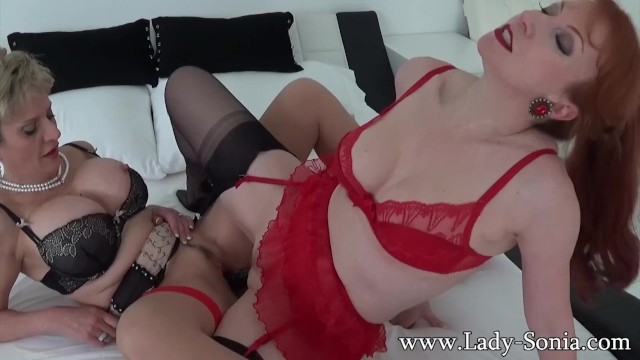 Lady Sonia and Red fuck each other wih a huge double BBC 16