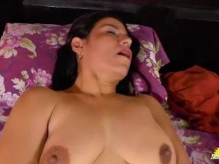 LatinChili Horny mature pussy play compilation