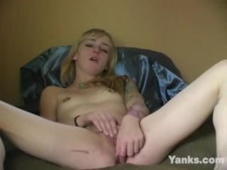 Yanks Blonde Indica Masturbating