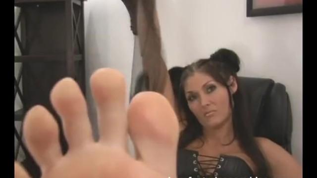 Babe;Fetish;Exclusive;Verified Amateurs kink, femdm, feet, nylon