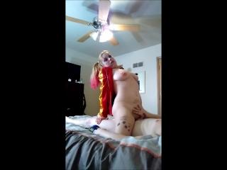 Harley Quinn fucks her Puddin, break out the grape soda and bear skin rug