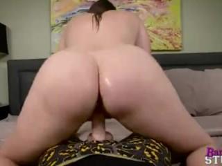 Melanie Hicks in My Young Mom - Cum Inside Mommy
