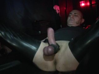 Bate in Rubber