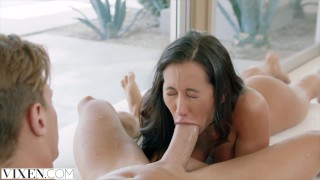 Tight vixen boyfriend cheats on and hot latina blowjob bubble