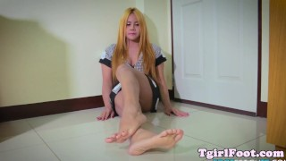 Alt her around toes ladyboy gorgeous twirls solo longhair