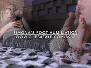 Simona's Foot Humiliation – DreamgirlsClips.com