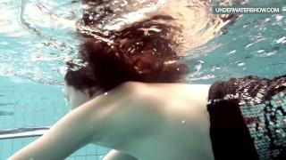 Teen the swirling blackhaired pool in loris natural underwatershow