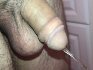 HD - Straight 18 Year Old CLOSE UP Pissing Peeing SUPER LONG PISS Sweaty