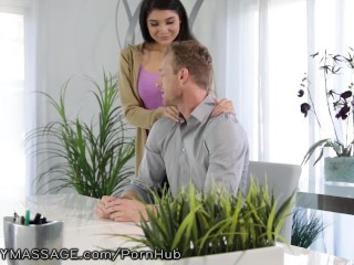 Webcam Couple Loves To Have People Watching Them Fuck