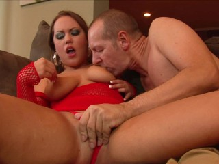 PAWG MILF with Big Natural Tits Gets Her Pussy Filled With Huge Cock-