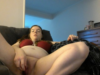 Fingering/Vibe on Couch