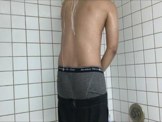 Shower Sagging 2 - SexySaggerYo