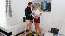 Spizoo - Watch big booty Claudia Valentine take a big cock in her asshole