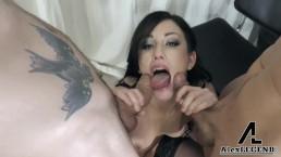 Hot MILF Jennifer White Sucks 2 Big Cocks & Gets Her Face Covered In Cum!