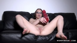 WendymoonX - Monster dildo in tight pussy make Wendy Moon cum
