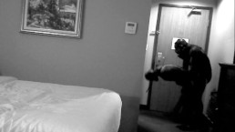 nightvision Orcas struggle in hotel room
