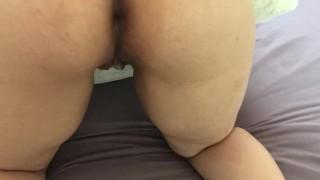 Horny amateur Muslim ass fingering (Arab)