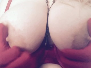 Big tit blonde in red gloves and bra teasing