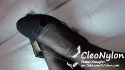 #71 black flats and stockings