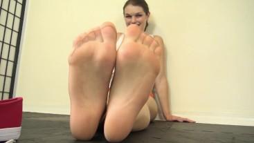 Anastasia Rose Hooters Girl Pantyhose FootJob Preview
