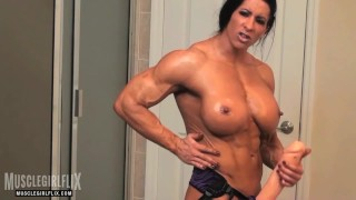Holy fuck muscle girl with a huge cock futanati video