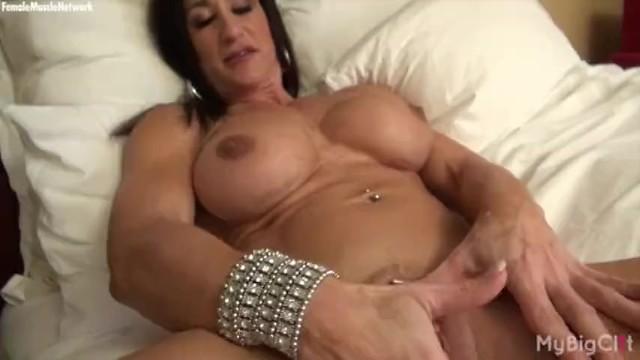 Itialian nude woman - Nude female bodybuilder rubs her big clit