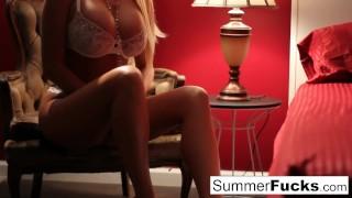 Summer brielle masturbates babe summerfucks
