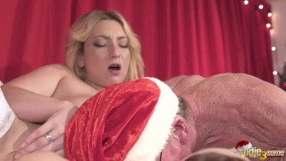 2 Young Girls fuck 2 Old Men and Swallow their cum on chirstmas day
