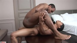 Rio Jermahl Puts A Hurting On Cyann's Tight Hole Bareback