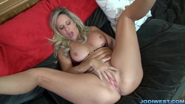 Solo Girl Masturbation Hd