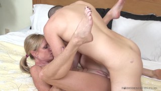 Aunts in my pants starring Jodi West Boobs neat