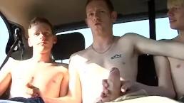 Josh Hancock loves pleasuring his hung butt buddies