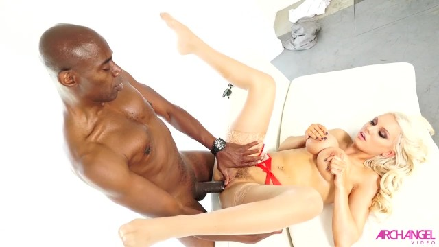 Kenzies first anal with cock this huge