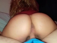 Teen high school girl knows how to take a creampie deep in her pussy